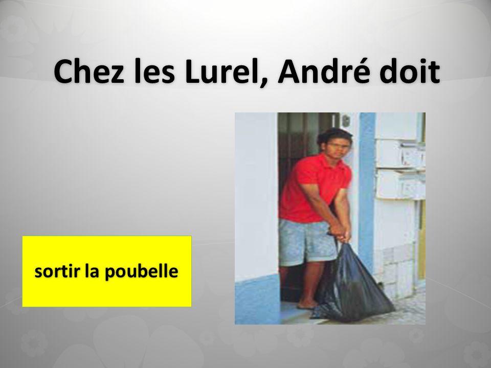 Chez les Lurel, André doit sortir la poubelle
