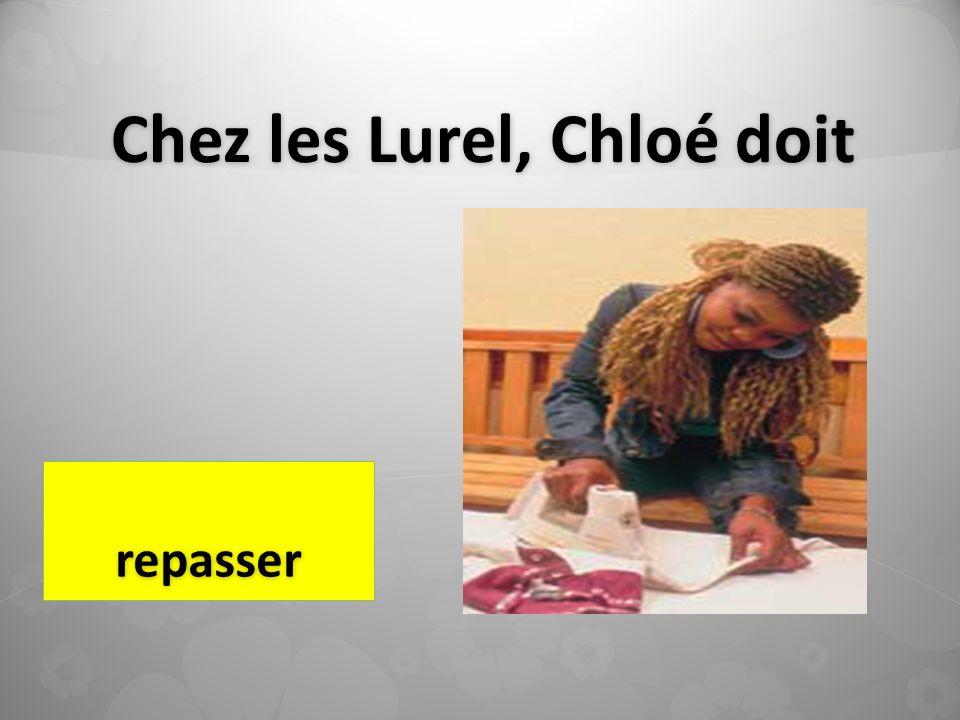 Chez les Lurel, Chloé doit repasser