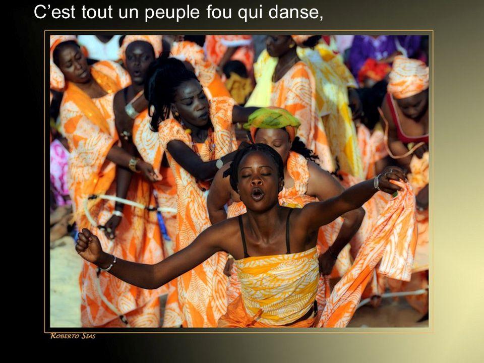 Diaporama Créé par Cat, le 25 janvier 2013 Cest tout un peuple fou qui danse, Comme sil allait mourir de joie
