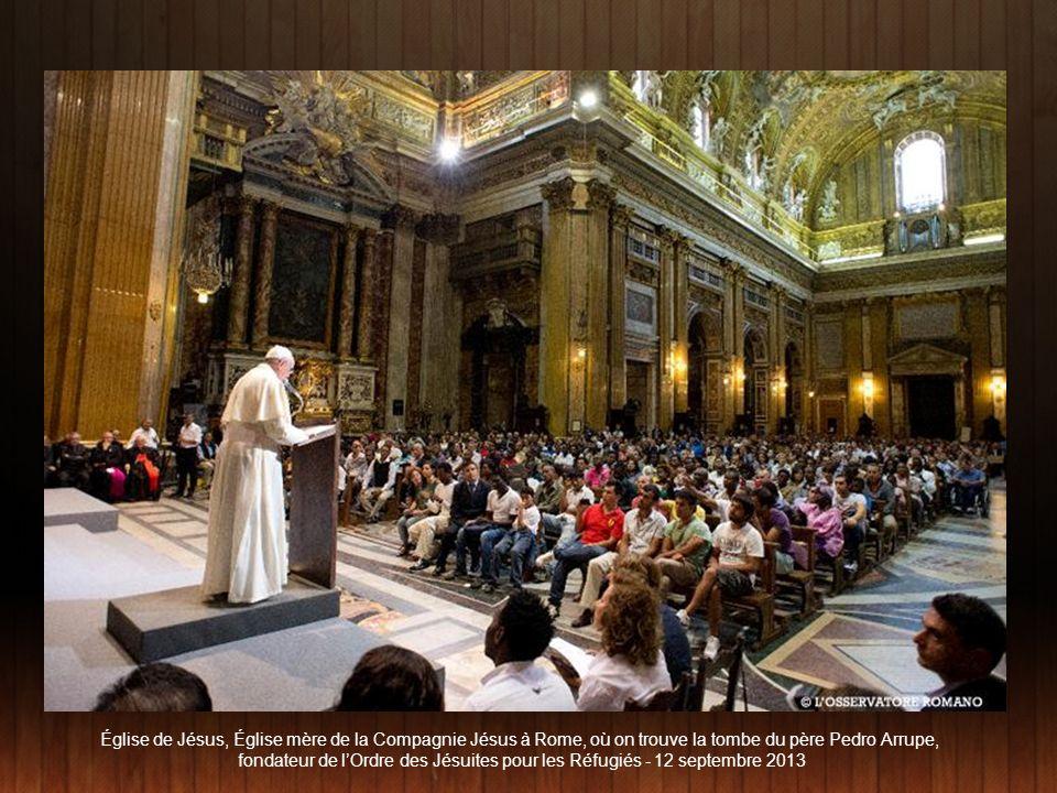 «Je suis un pécheur.» Le Pape se définit lui-même comme «un pécheur».