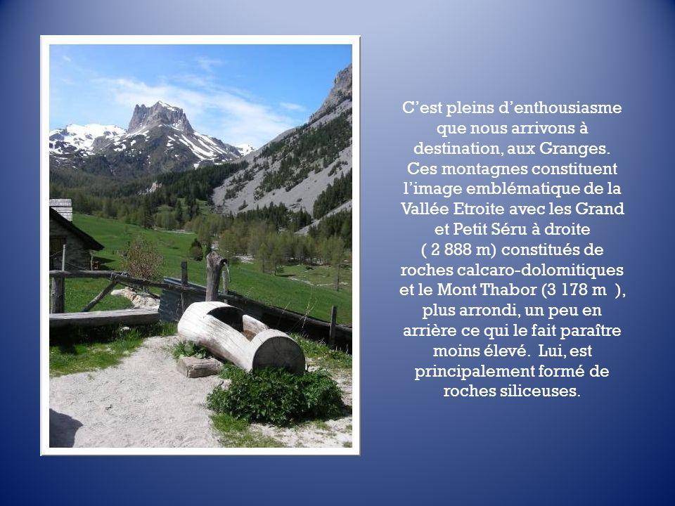 La Vallée Etroite est une vallée franco-italienne. Sa partie supérieure fait partie du village de Névache dans les Hautes-Alpes tandis que la partie i