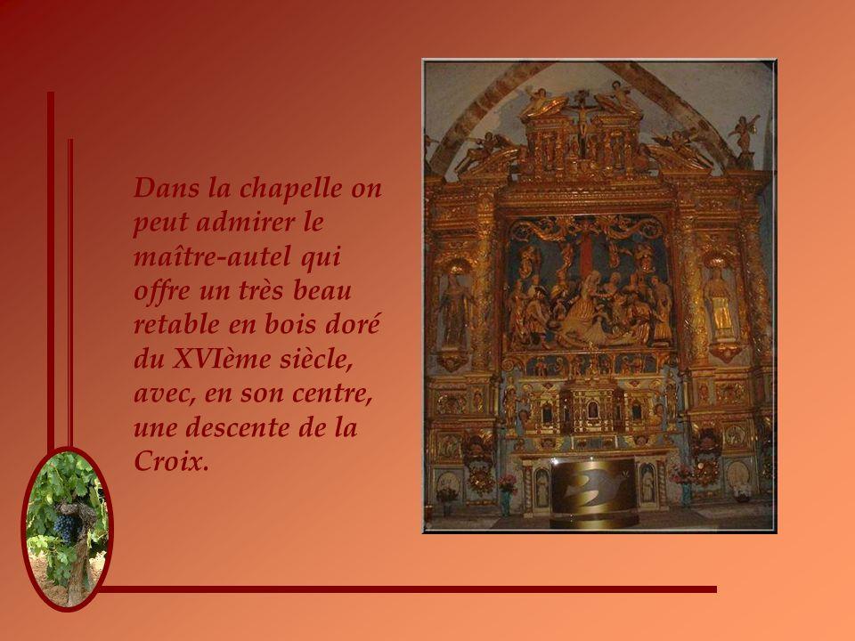 On peut imaginer celle qui devint Sainte Roseline en méditation dans ce cloître.