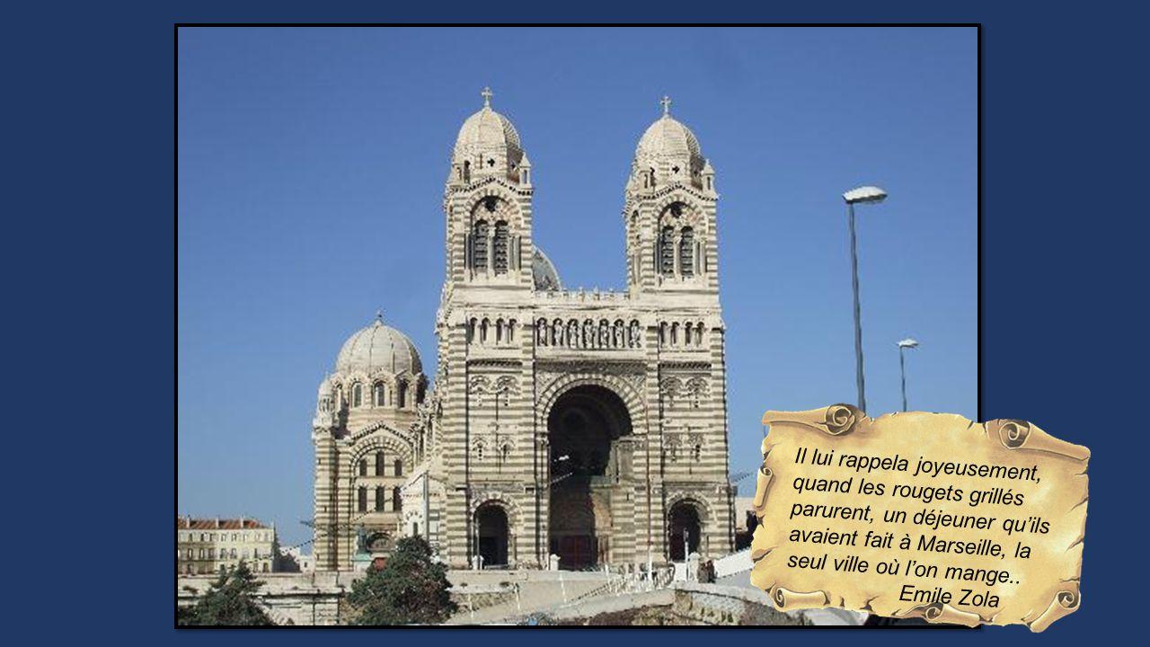 Il lui rappela joyeusement, quand les rougets grillés parurent, un déjeuner quils avaient fait à Marseille, la seul ville où lon mange..