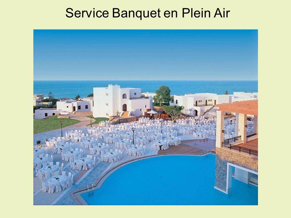 Service Banquet en Plein Air