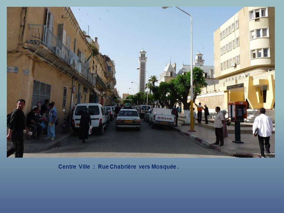 Centre Ville : Rue Chabrière.