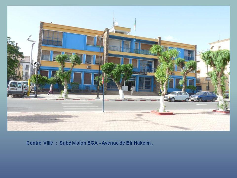 Centre Ville : Clos Bastide : coin rue Ronsard et Boulevard Bastide.
