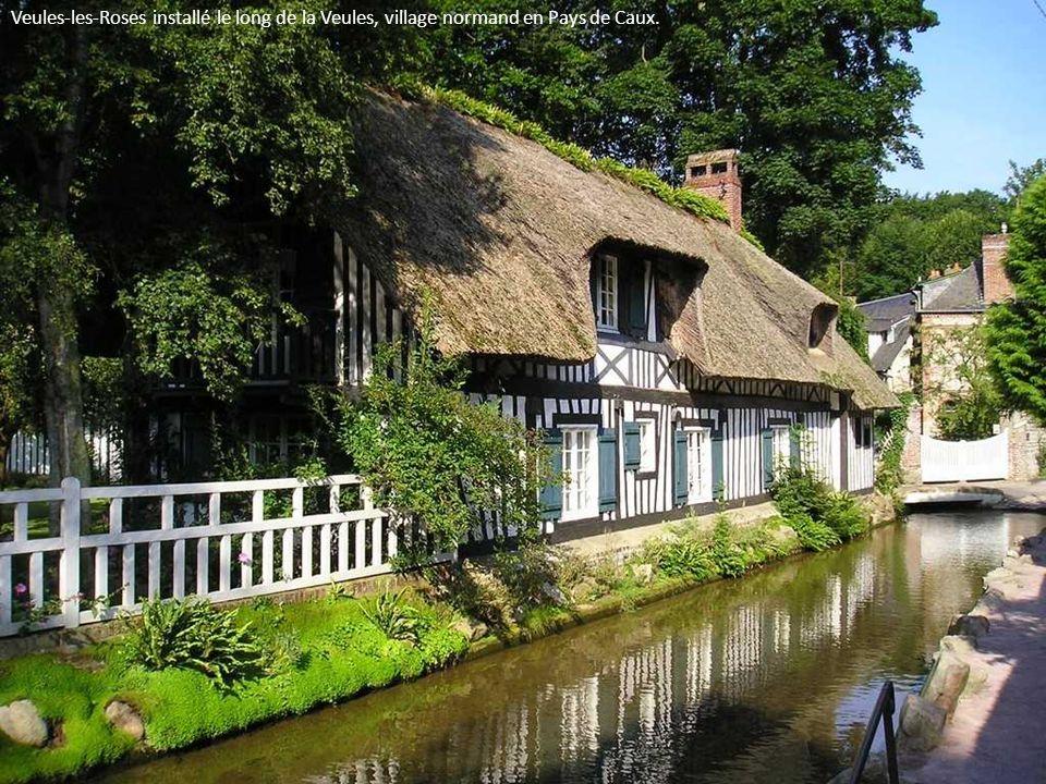 Ville fleurie de l'Eure, Pont-Audemer (27) doit son surnom de