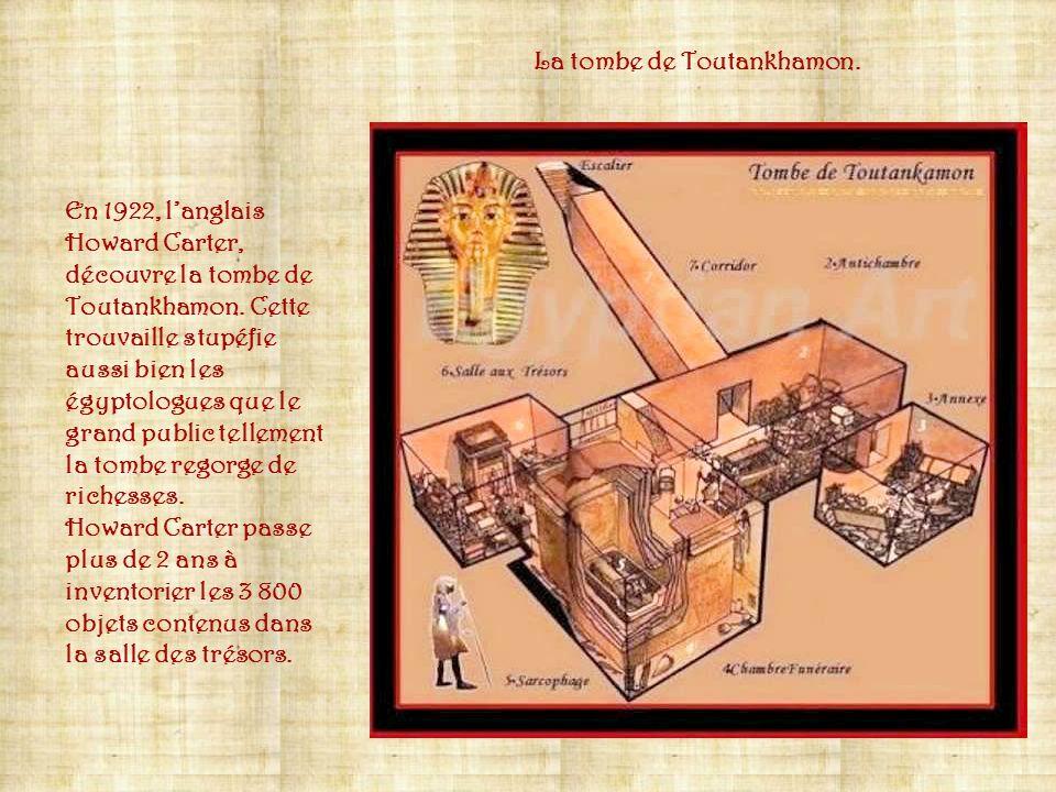 Dans le seul cercueil d'or de Toutankhamon, 143 bijoux enfouis dans les bandelettes du linceul recouvraient la momie de : gorgerins en or plat, pector