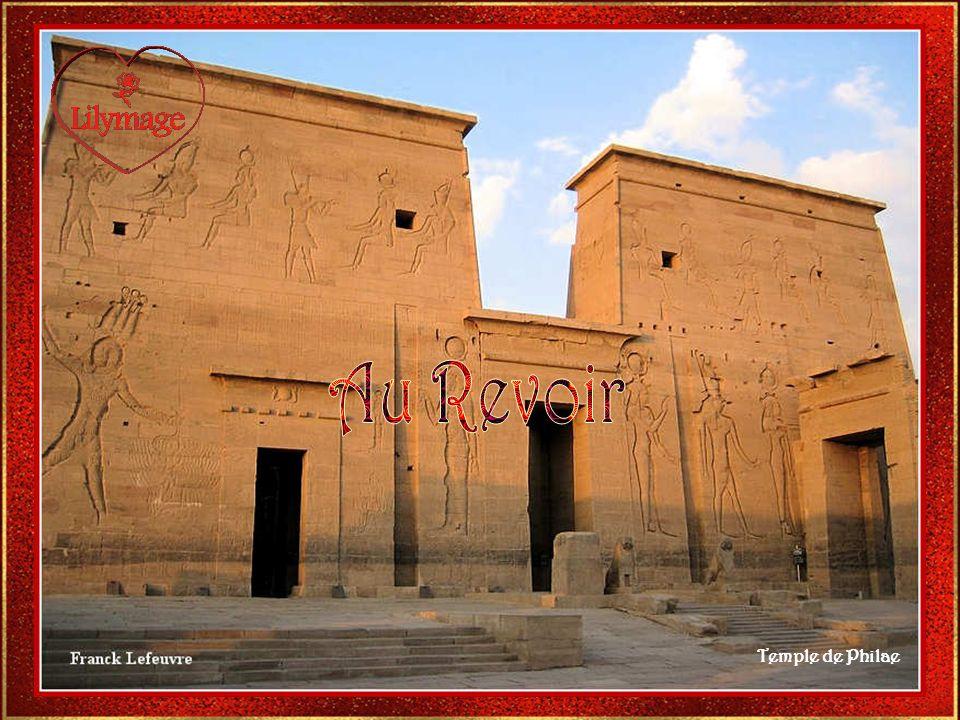 Informations prises dans le livre lEgypte Ancienne aux Edts. Fleurus. Images prises dans le livre ci-dessus et sur le Net. Musique de Mozart : Lamma B
