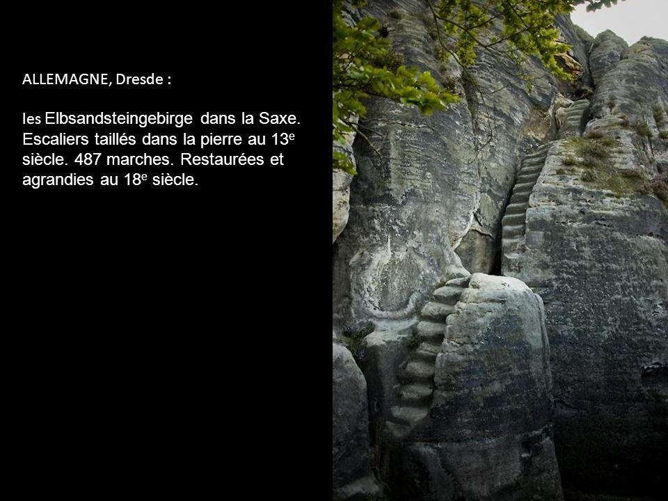 INDE : le Puits de Chand Baori. Immense fosse creusée au Xe siècle pour remédier au manque de précipitations dans la région et stocker l'eau pendant d