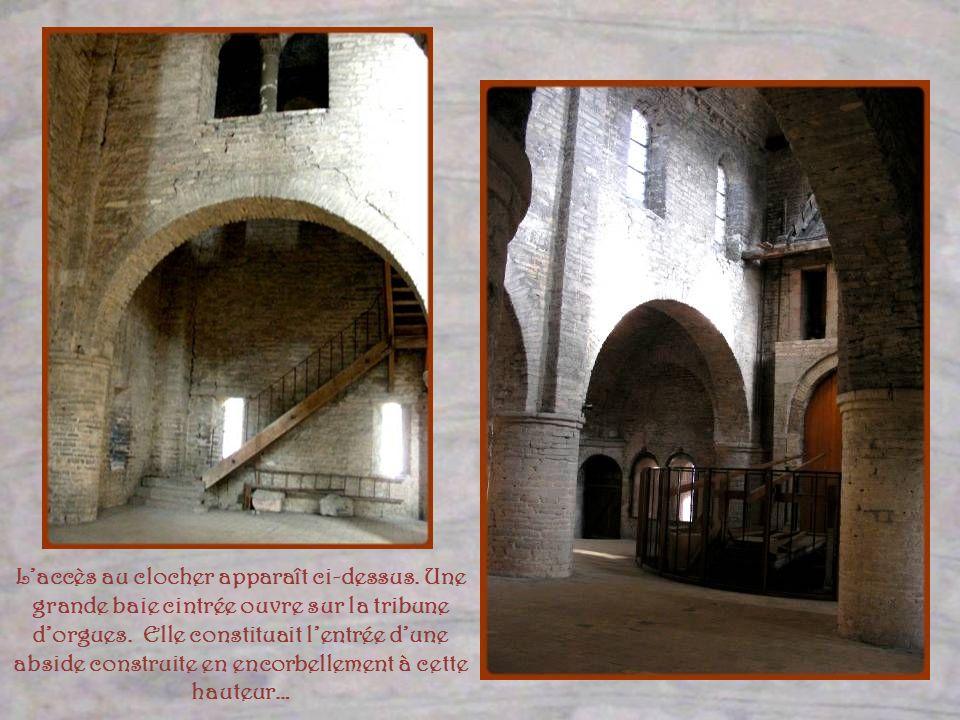 Au-dessus du narthex, ce fut la chapelle Saint-Michel antérieure à la nef. Très haute, elle semble fort différente du narthex. Certaines décorations s