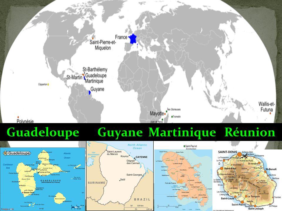 Wallis et Futuna a un statut très complexe : le pouvoir est partagé entre ladministrateur supérieur, représentant de lÉtat, les 3 rois des chefferies traditionnelles, et lÉglise qui administre lenseignement primaire.