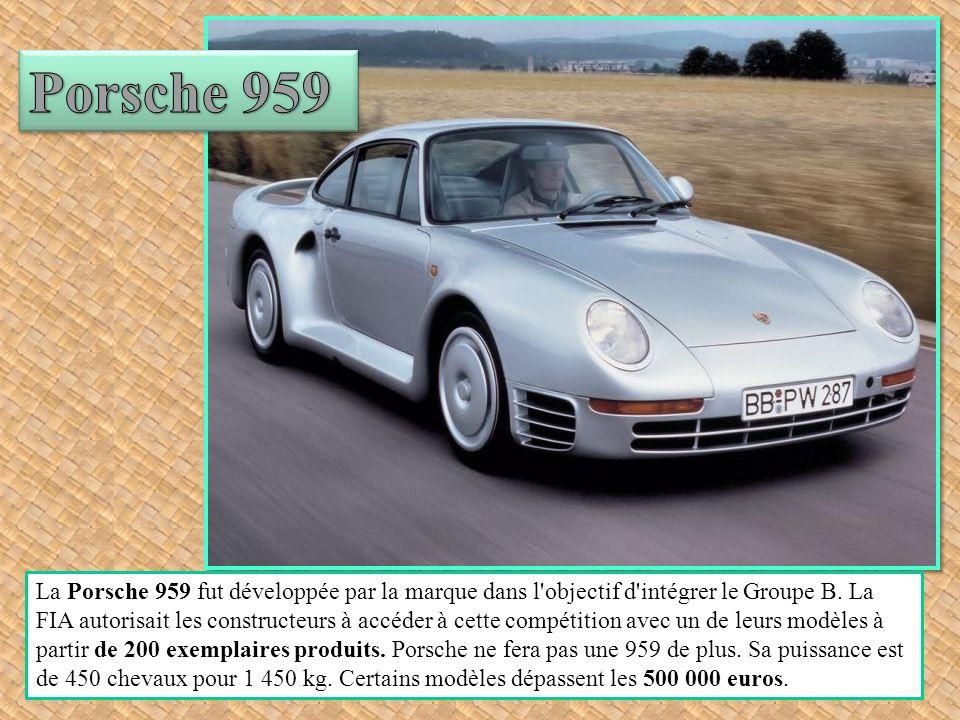 Fruit d une association entre Pininfarina pour le dessin et Scaglietti pour la construction, la 250 GT California Spyder est l un des cabriolets les plus raffinés jamais conçus.