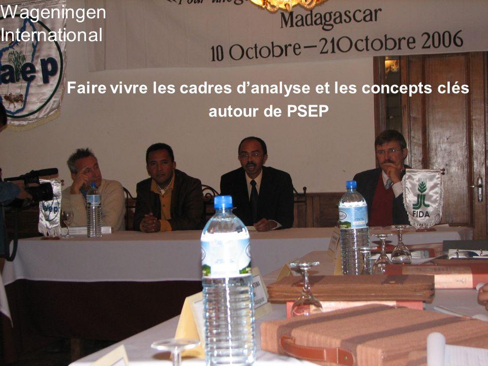 Faire vivre les cadres danalyse et les concepts clés autour de PSEP Wageningen International