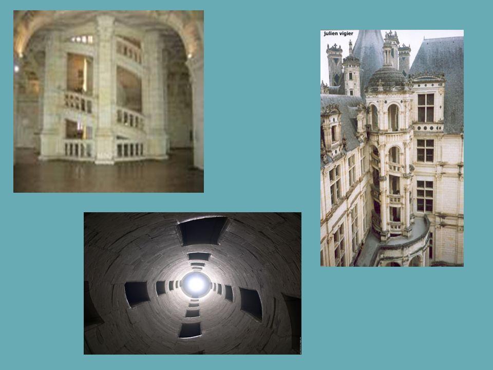 Les Pièces et Cheminées Une particularité de Chambord est le nombre important de pièces, il y en a 440.