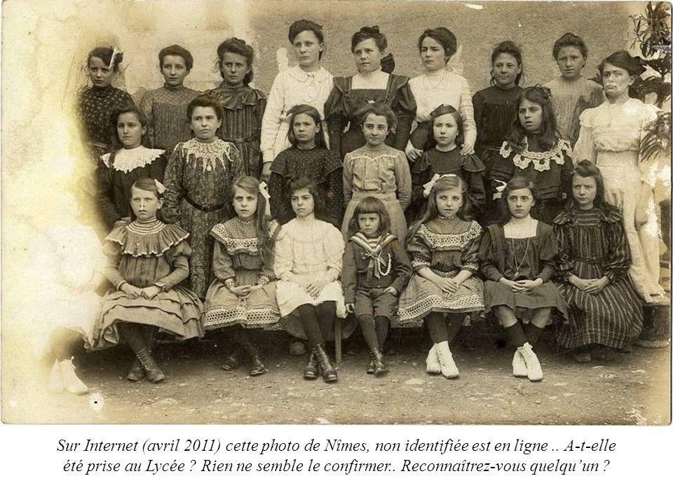 Sur Internet (avril 2011) cette photo de Nîmes, non identifiée est en ligne.. A-t-elle été prise au Lycée ? Rien ne semble le confirmer.. Reconnaîtrez