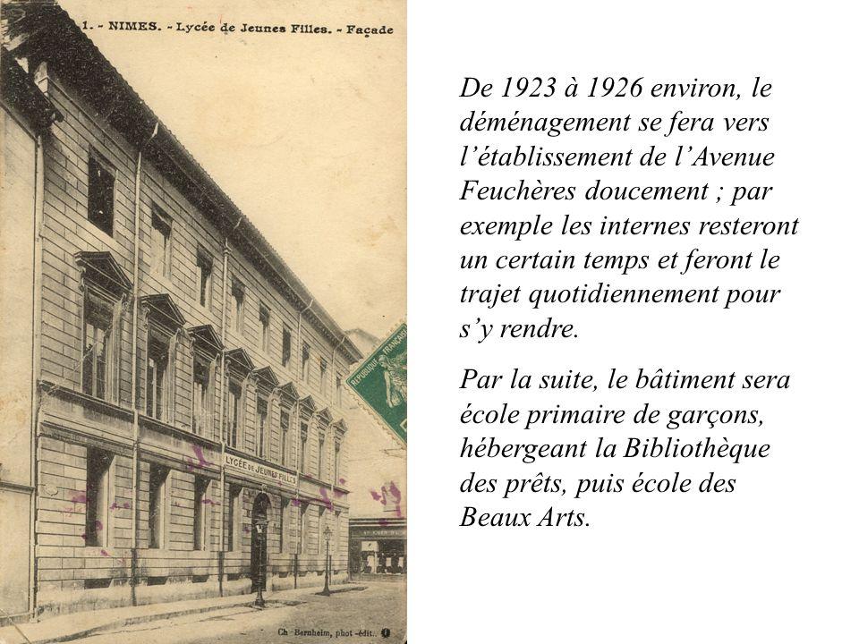 De 1923 à 1926 environ, le déménagement se fera vers létablissement de lAvenue Feuchères doucement ; par exemple les internes resteront un certain tem