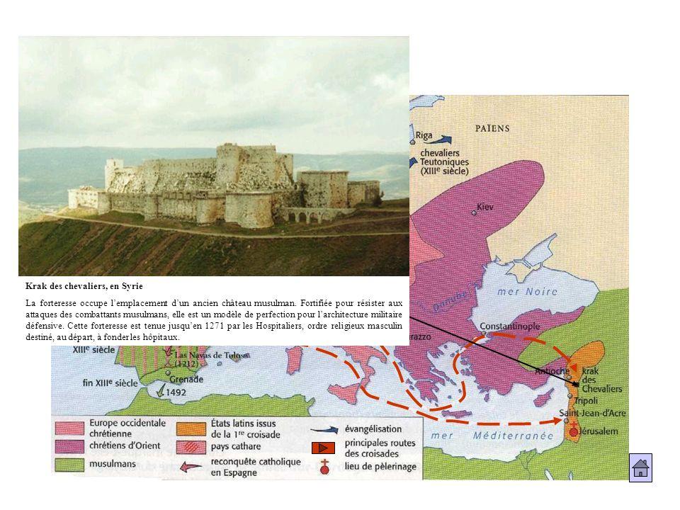 Krak des chevaliers, en Syrie La forteresse occupe lemplacement dun ancien château musulman. Fortifiée pour résister aux attaques des combattants musu