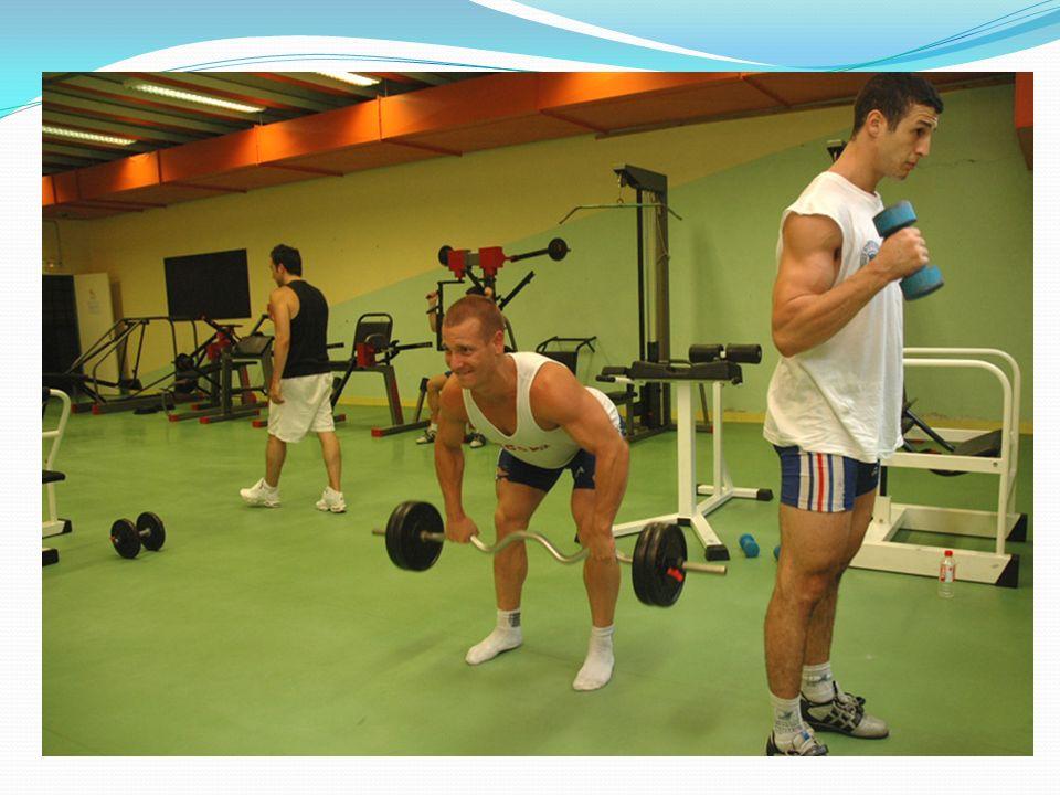 En fait, on cherche à augmenter ses performances physiques ou intellectuelles, ou à éviter que ses performances diminuent.