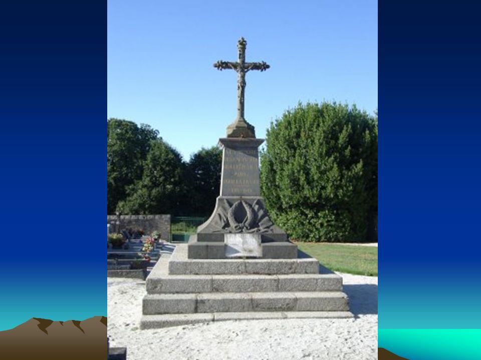 Monument aux morts deGUILLIGOMARCH Cimetière communal 70 inscriptions 62 (14-18) + 8 (39-45) + 0 (TOE) 62 (14-18) + 8 (39-45) + 0 (TOE)