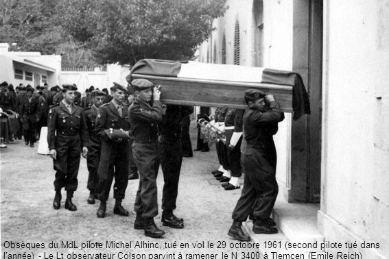 Obsèques du MdL pilote Michel Alhinc, tué en vol le 29 octobre 1961 (second pilote tué dans lannée) - Le Lt observateur Colson parvint à ramener le N