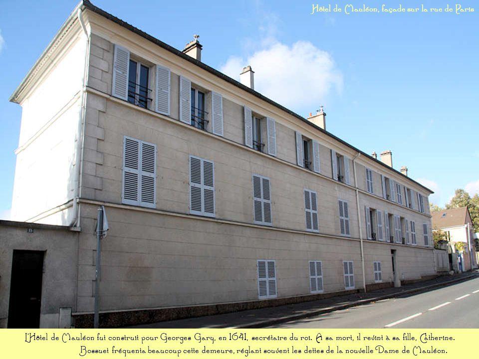 Cette propriété appartenait à la famille Sainte Beuve; elle fut la résidence de lactrice Armande Cassive et enfin de la famille Driancourt, distillate