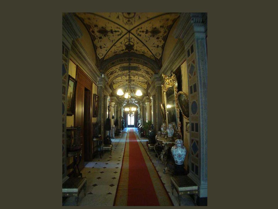 Des demeures patriciennes ont succédé aux villas romaines, comme celle-ci au centre de son parc