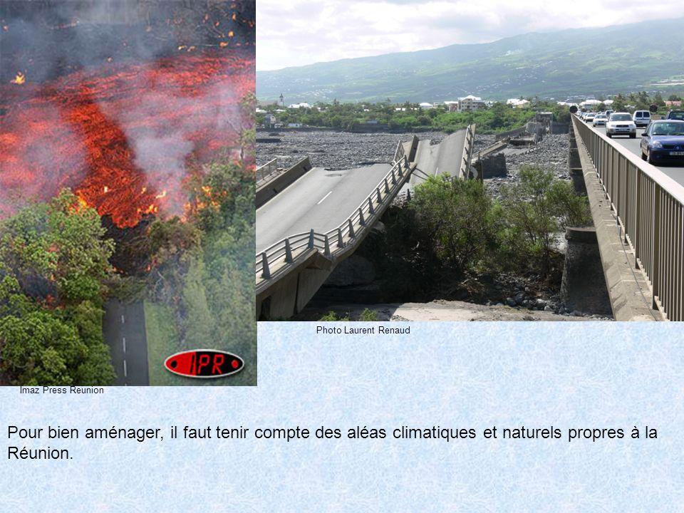 http://gouzou.activebb.net/ Pont de la Rivière Saint-Etienne effondré suite au cyclone Gamède.
