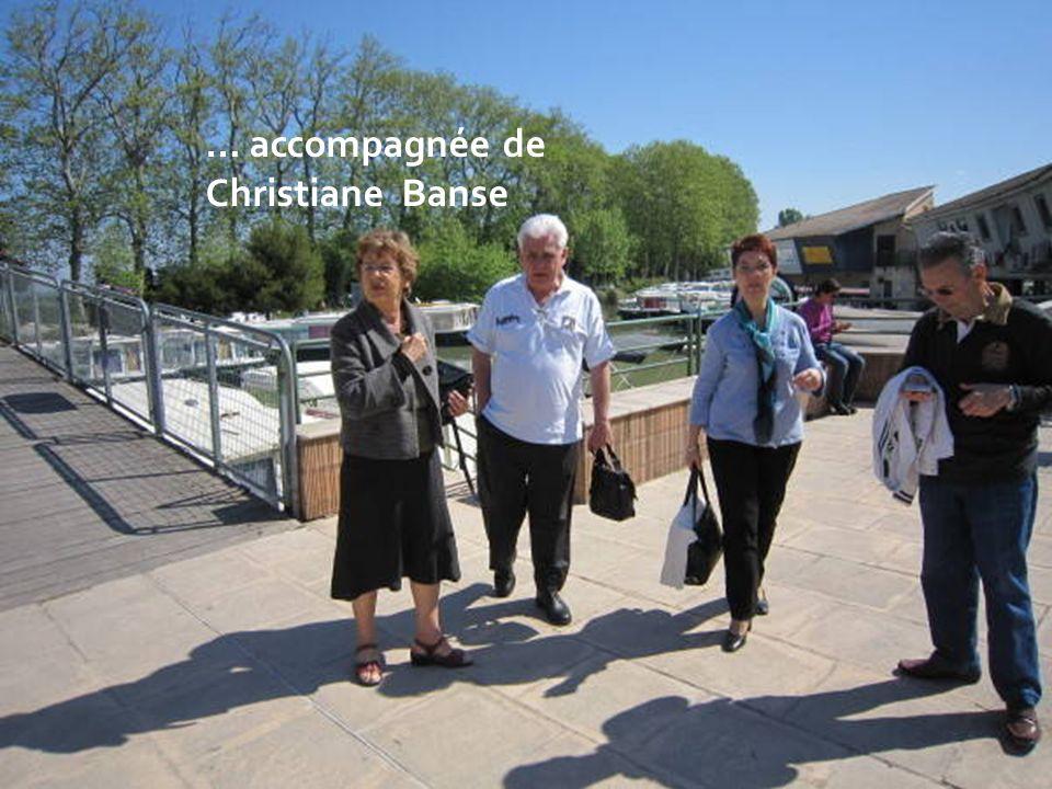 Christiane Béni notre organisatrice revient de la gare …