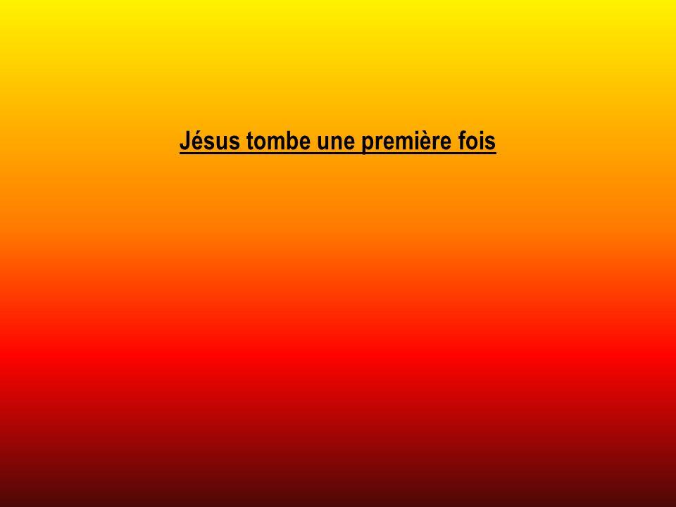 Jésus tombe une première fois