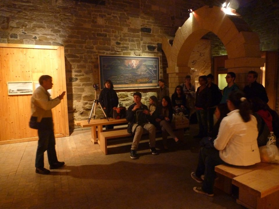 SVT, 1èreS, D.Baude, Bordas éditions, 2011 La dorsale devient moins active.