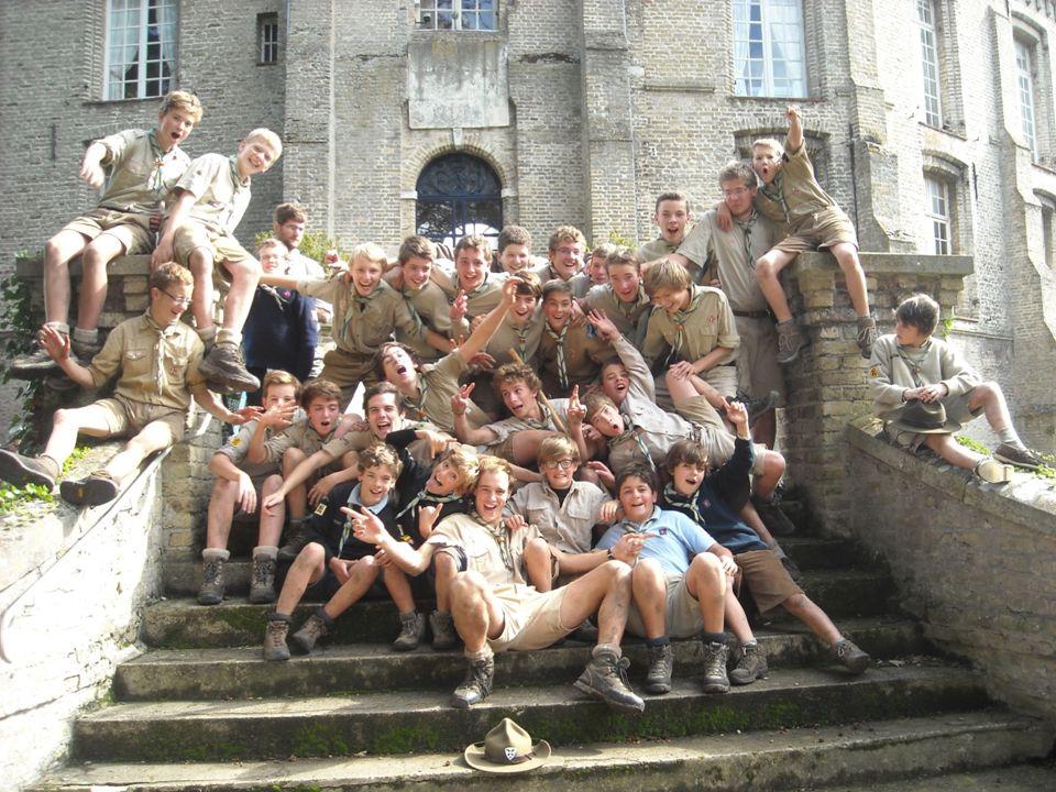 Présentation de la Troupe René Mouchotte du GROUPE SUF Saint-Omer Année 2011-2012