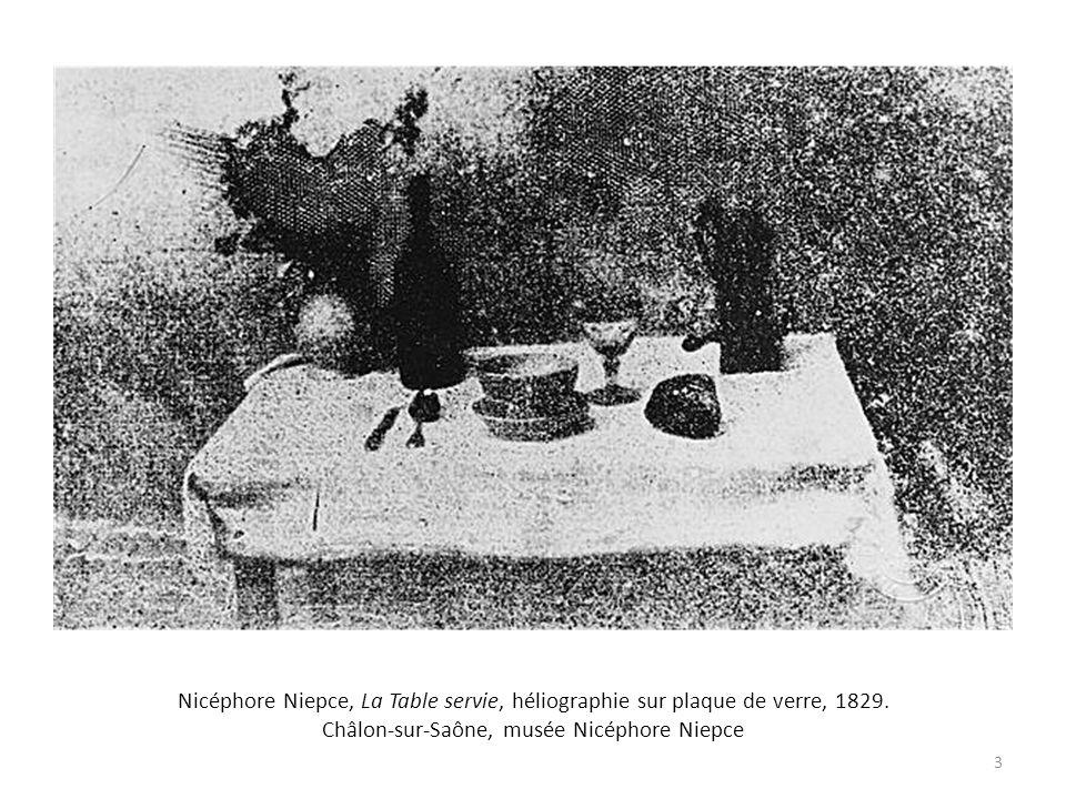 Nicéphore Niepce, La Table servie, héliographie sur plaque de verre, 1829. Châlon-sur-Saône, musée Nicéphore Niepce 3
