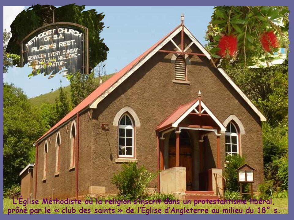 Une fois lor épuisé en 1972, le village fut vendue par létat comme « Village historique clés en main »