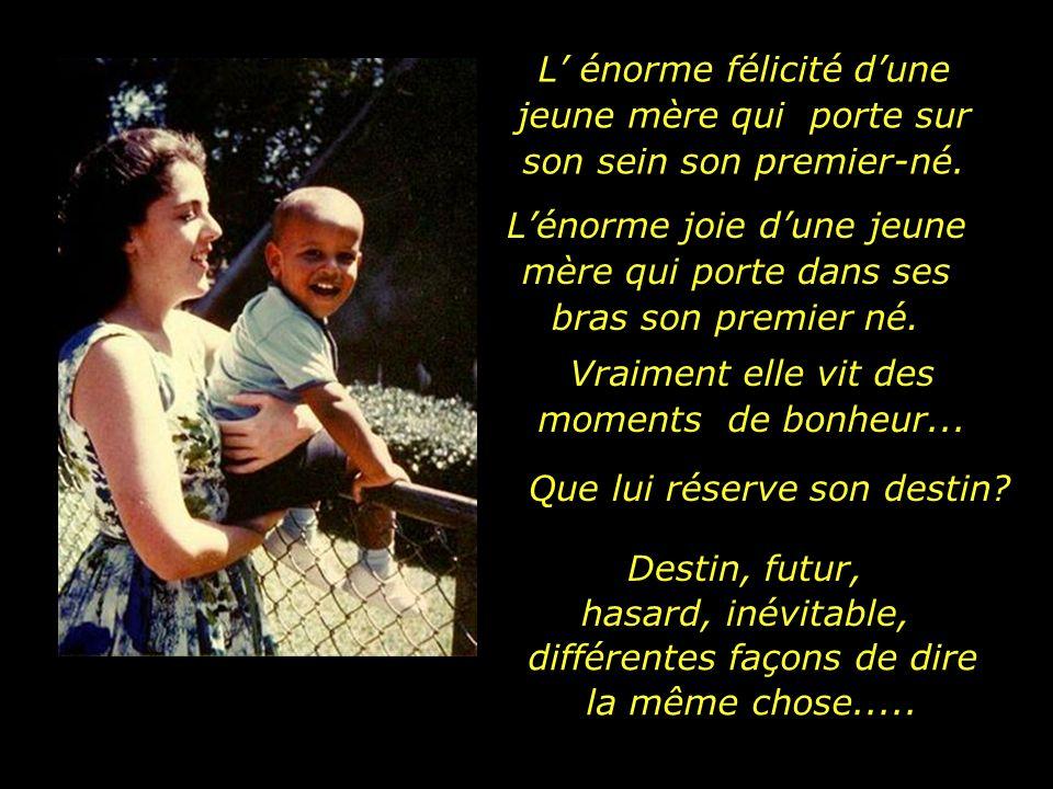 Au moment dêtre enceinte les enfants brillent déjà dans les yeux de leur mère a écrit une fois un poète Le 4 août 1961 la maternité sourit à Anne et lui fait cadeau du petit Barack Obama