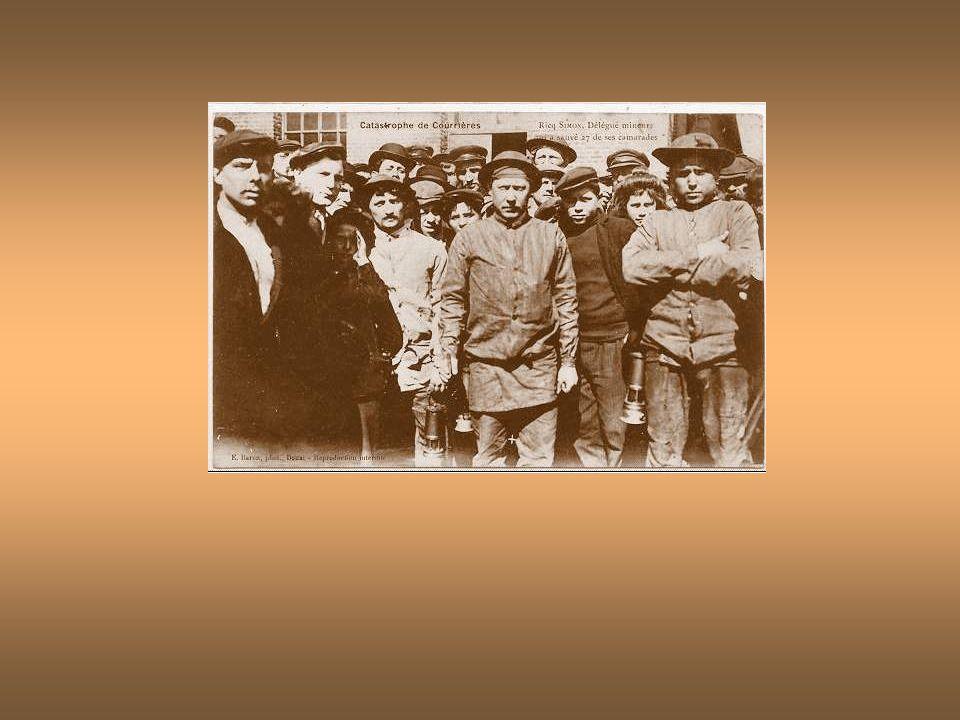 La catastrophe des mines de Courrières - La remontée des victimes 1906