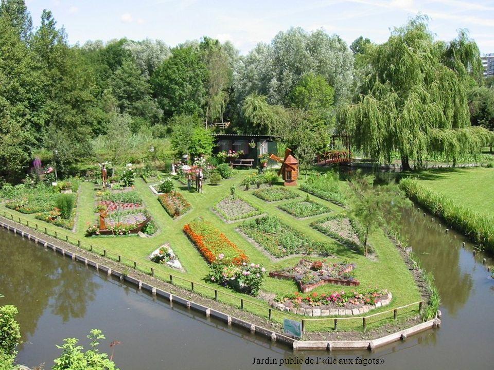 Jardin public de l«île aux fagots»