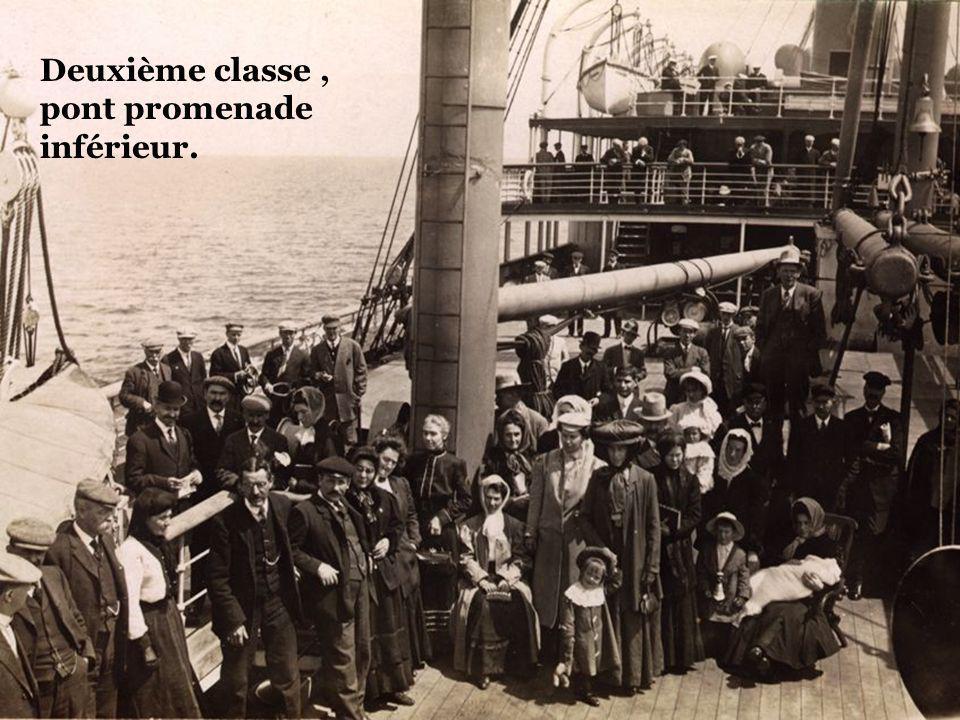 Passagers deuxième classe, pont arrière.
