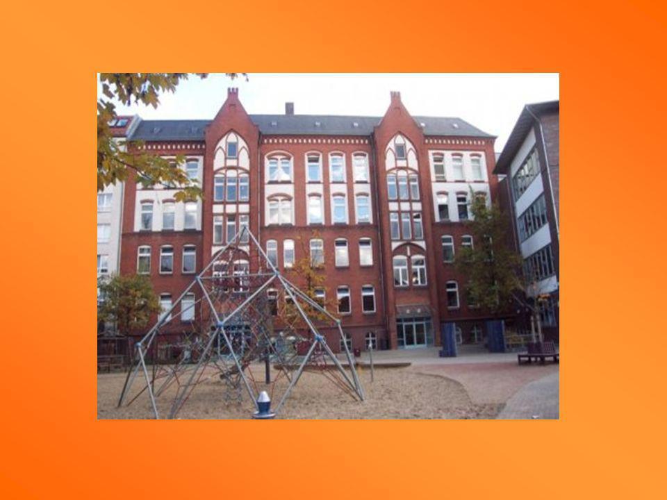 Regenbogenschule Berlin Les 21 parents allemands peuvent accueillir les élèves français.