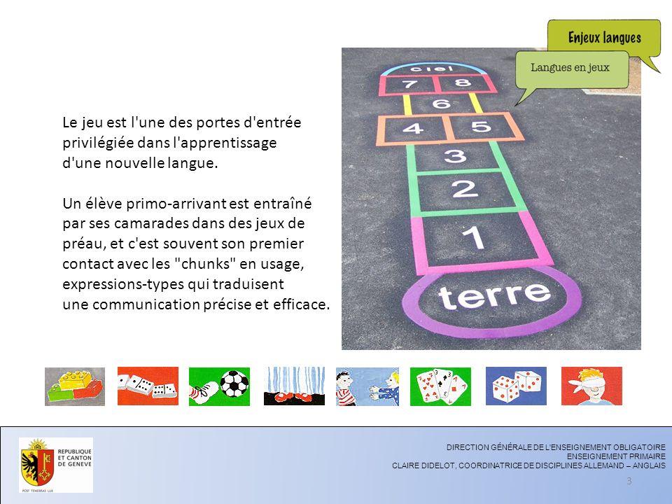 Le jeu est l'une des portes d'entrée privilégiée dans l'apprentissage d'une nouvelle langue. Un élève primo-arrivant est entraîné par ses camarades da