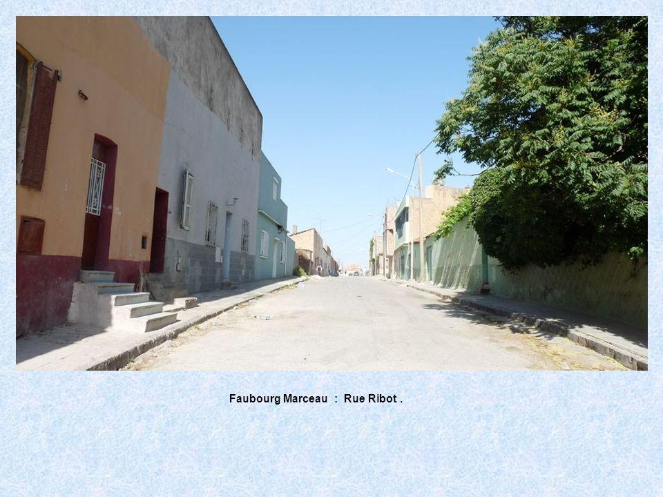Faubourg Marceau : Rue des Fondoucks.