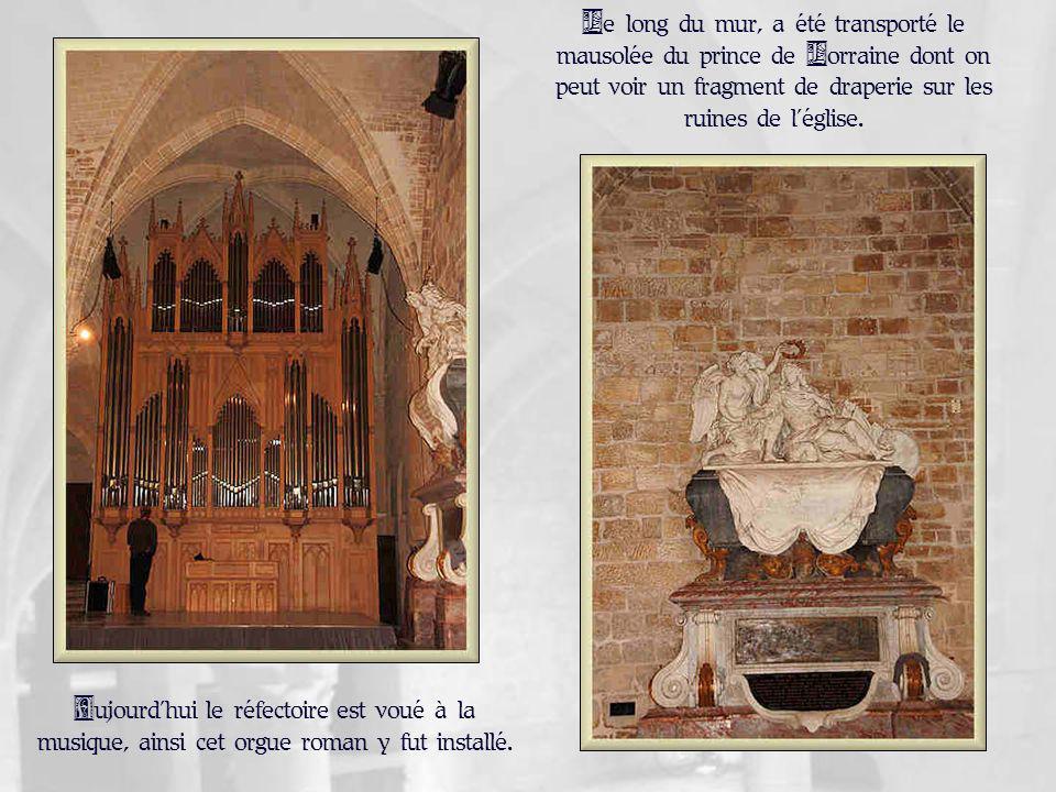 Dans un monastère, tous les lieux de vie communautaire sont des lieux de prières.