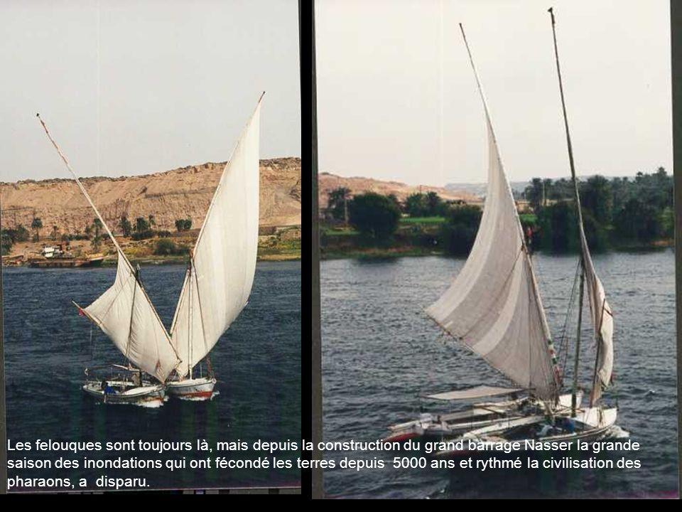 Létonnante triade de Mykérinos (2500 avJC) soit il y a 4500 ans, flanqué de deux divinités