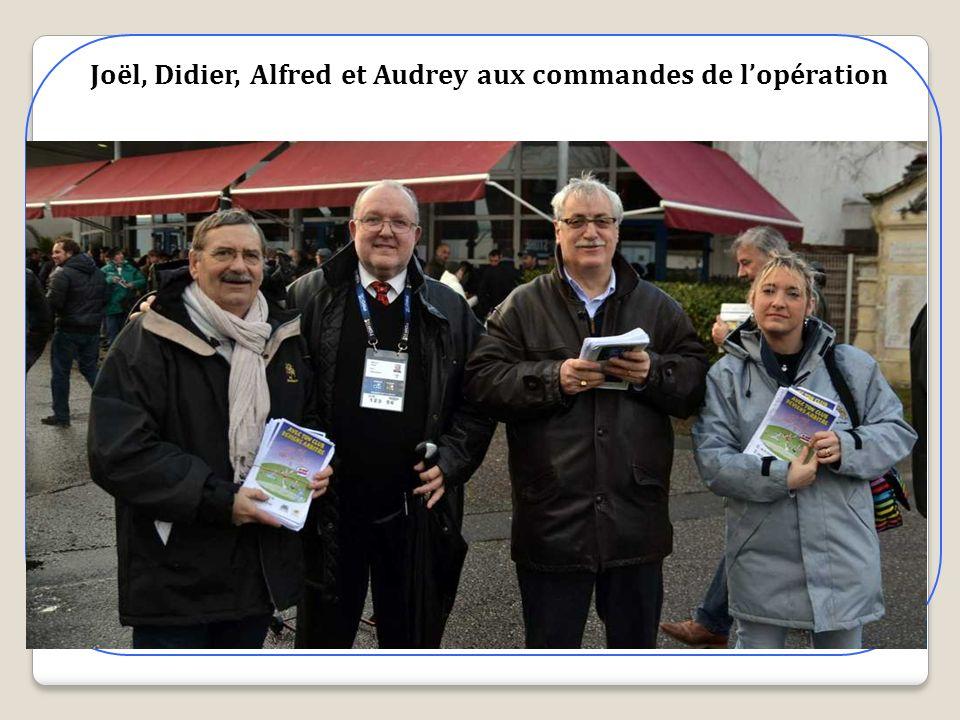 Joël, Didier, Alfred et Audrey aux commandes de lopération
