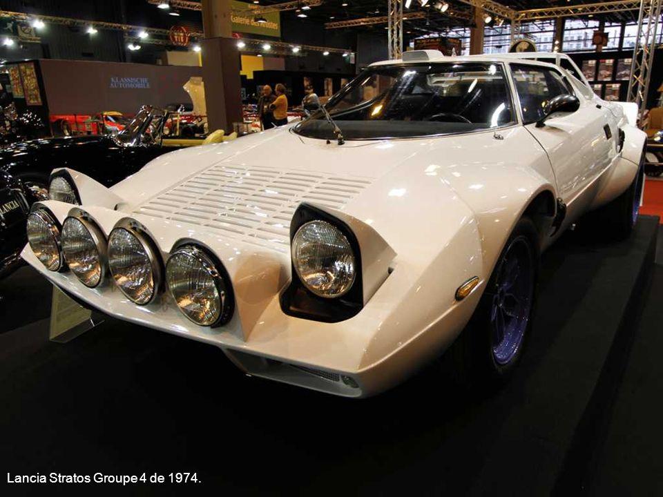 Chevrolet Corvette C2 Stingray Convertible de 1965.