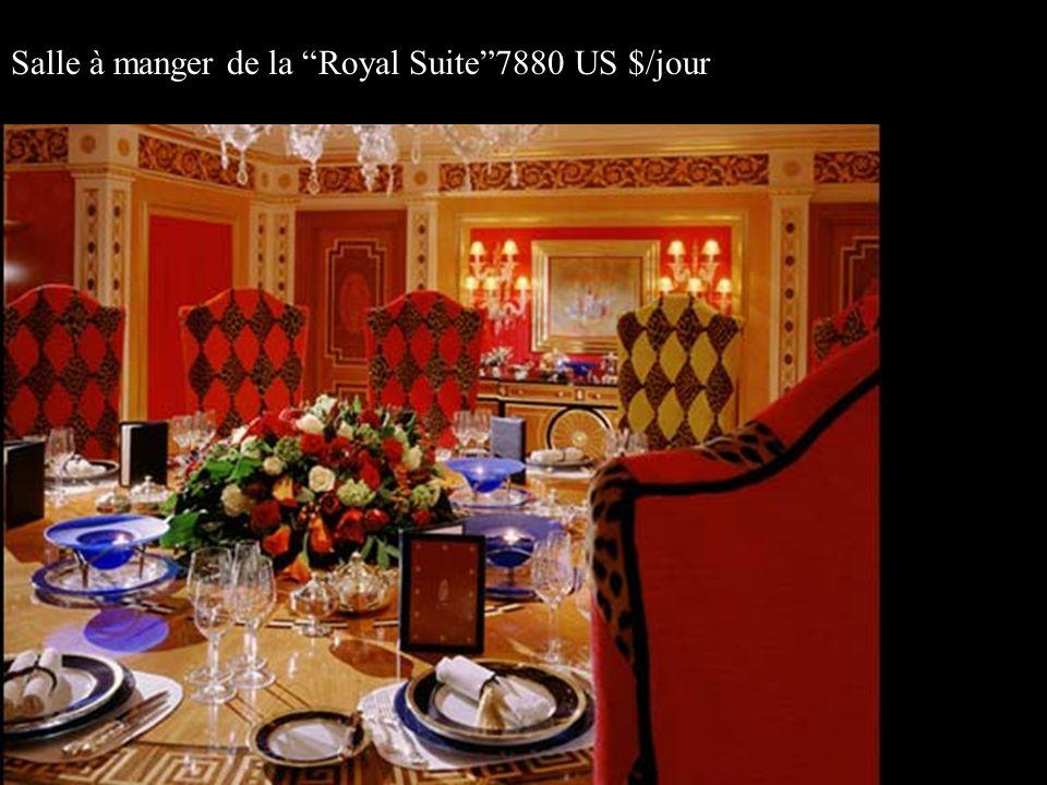 Salle à manger de la Royal Suite7880 US $/jour