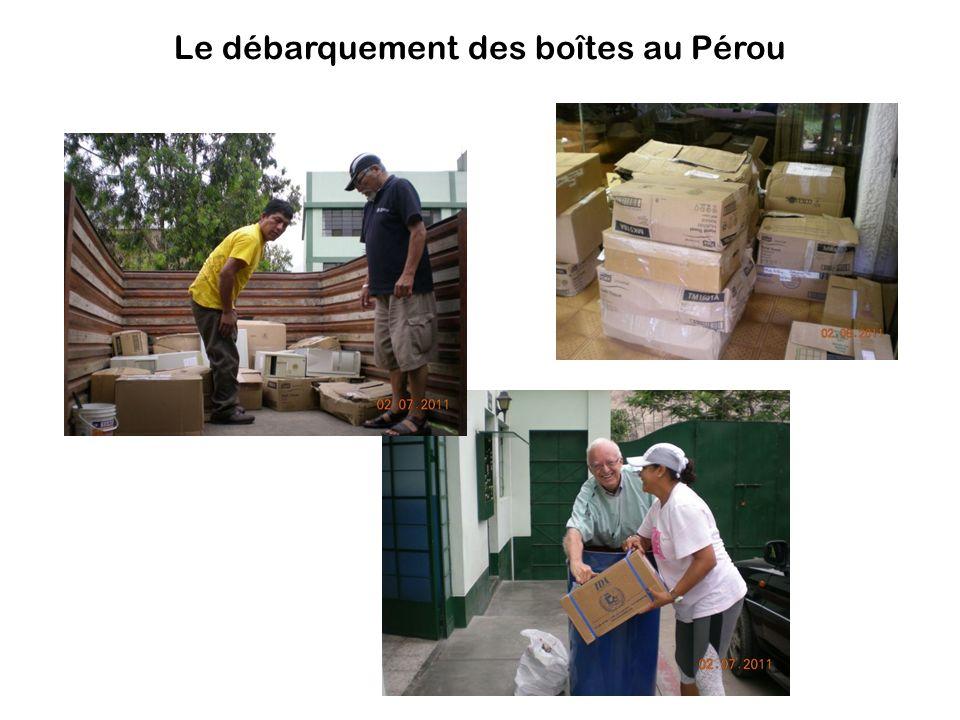 Le débarquement des boîtes au Pérou