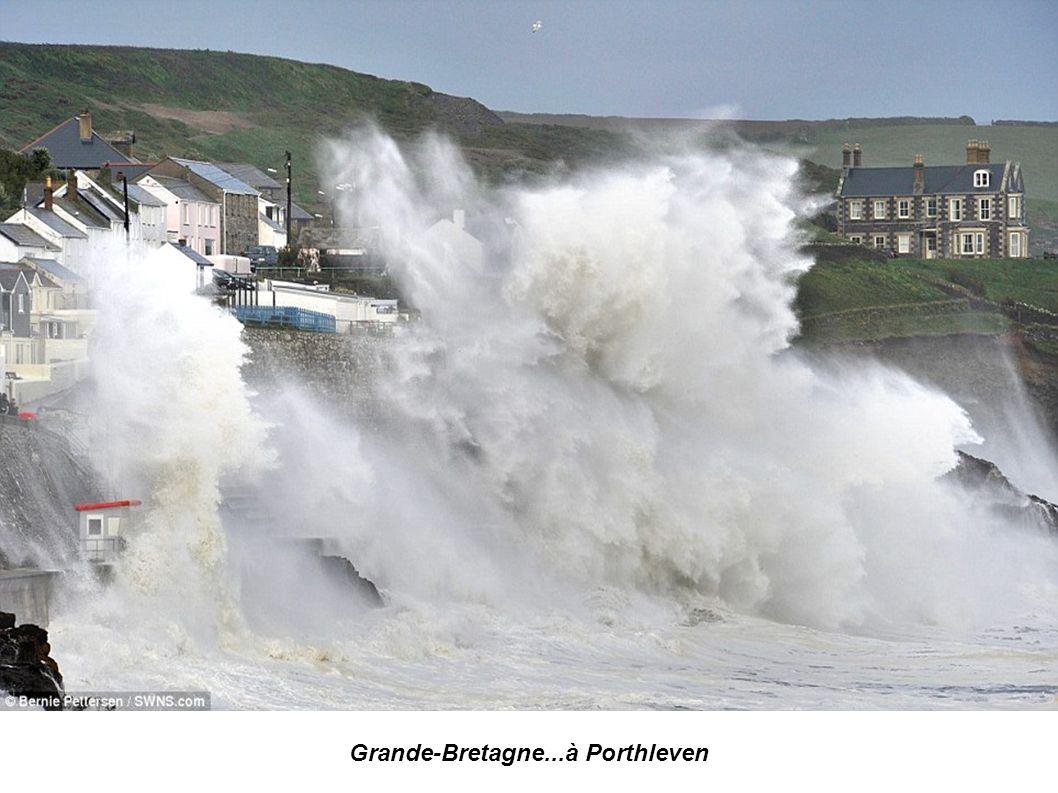 Grande Bretagne...Newhaven situé sur la manche photos Glyn Kirk
