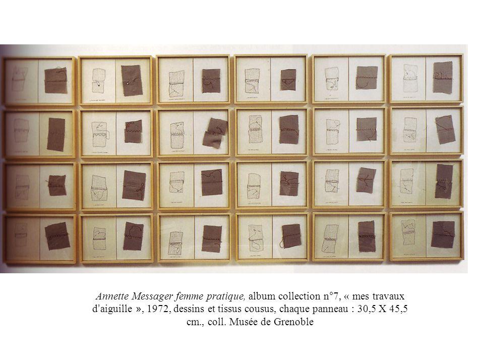 Annette Messager femme pratique, album collection n°7, « mes travaux d aiguille », 1972, dessins et tissus cousus, chaque panneau : 30,5 X 45,5 cm., c