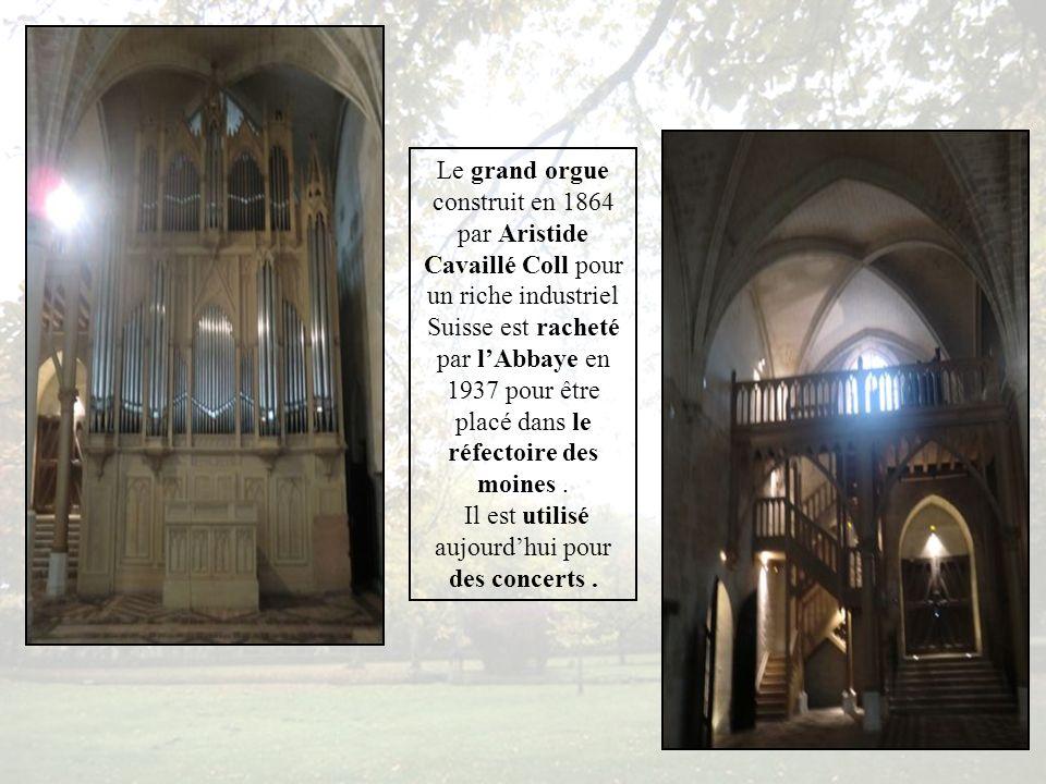 Ancien réfectoire des moines, puis église des sœurs de la Sainte Famille et Maintenant, salle, servant aux repas, des séminaires et autres manifestations.